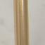 Wandbevestiging: goudkleurig. Plank: gemarmerd wit