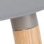 Siedzisko: jasny szary Nogi: drewno jesionowe Rama i podnóżek szary