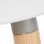 Siedzisko: biały Nogi: drewno jesionowe Rama i podnóżek: szary