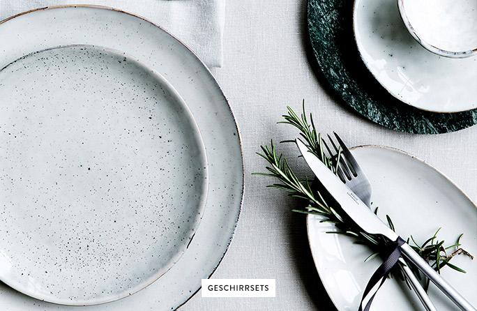 Geschirrsets-Teller-Messer-Gabel