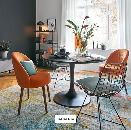 Jadalnia-Stoł-Krzesła-Dywan