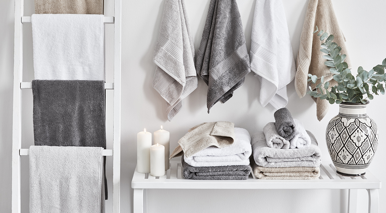 Badtextilien, Handtücher in Grau, Weiß, Beige aus Baumwolle