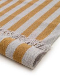 Gestreifter Wollteppich Gitta mit Fransen, 90% Wolle, 10% Baumwolle  Bei Wollteppichen können sich in den ersten Wochen der Nutzung Fasern lösen, dies reduziert sich durch den täglichen Gebrauch und die Flusenbildung geht zurück., Gelb, Hellgrau, B 200 x L 300 cm (Größe L)