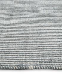Fein gestreifter Wollteppich Ajo in Blau-Creme, handgewebt, Graublau, Creme, B 200 x L 300 cm (Größe L)