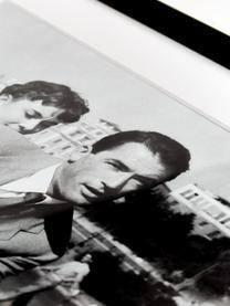Gerahmter Fotodruck Roman Holiday with Peck and Hepburn, Bild: Fuji Crystal Archive Papi, Rahmen: Holz, lackiert, Front: Plexiglas, Bild: Schwarz, Weiß Rahmen: Schwarz, 50 x 40 cm