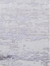 Schimmernder Läufer Cordoba mit Fransen, Vintage Style, Flor: 70% Acryl, 30% Viskose, Hellgrau, Dunkelgrau, 80 x 300 cm