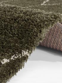 Hochflorteppich Mila in Waldgrün/Beige mit grafischem Muster, 100% Polypropylen, Waldgrün, Beige, B 80 x L 150 cm (Größe XS)