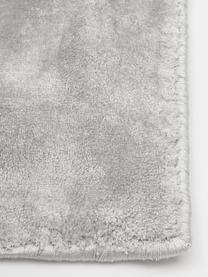 Miękki dywan z wiskozy premium Grace, Szary, S 80 x D 150 cm (Rozmiar XS)