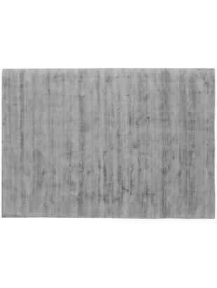 Tappeto in viscosa tessuto a mano Jane, Vello: 100% viscosa, Retro: 100% cotone, Grigio, Larg. 160 x Lung. 230 cm (taglia M)