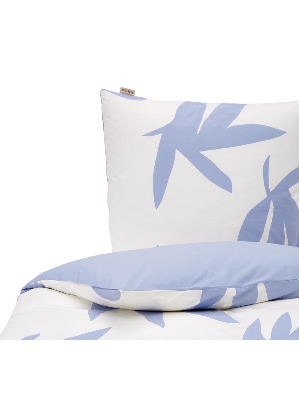 Baumwoll-Bettwäsche Simple Leaves mit Blättermotiv in Blau, Webart: Renforcé Fadendichte 144 , Weiß, Blau, 135 x 200 cm + 1 Kissen 80 x 80 cm