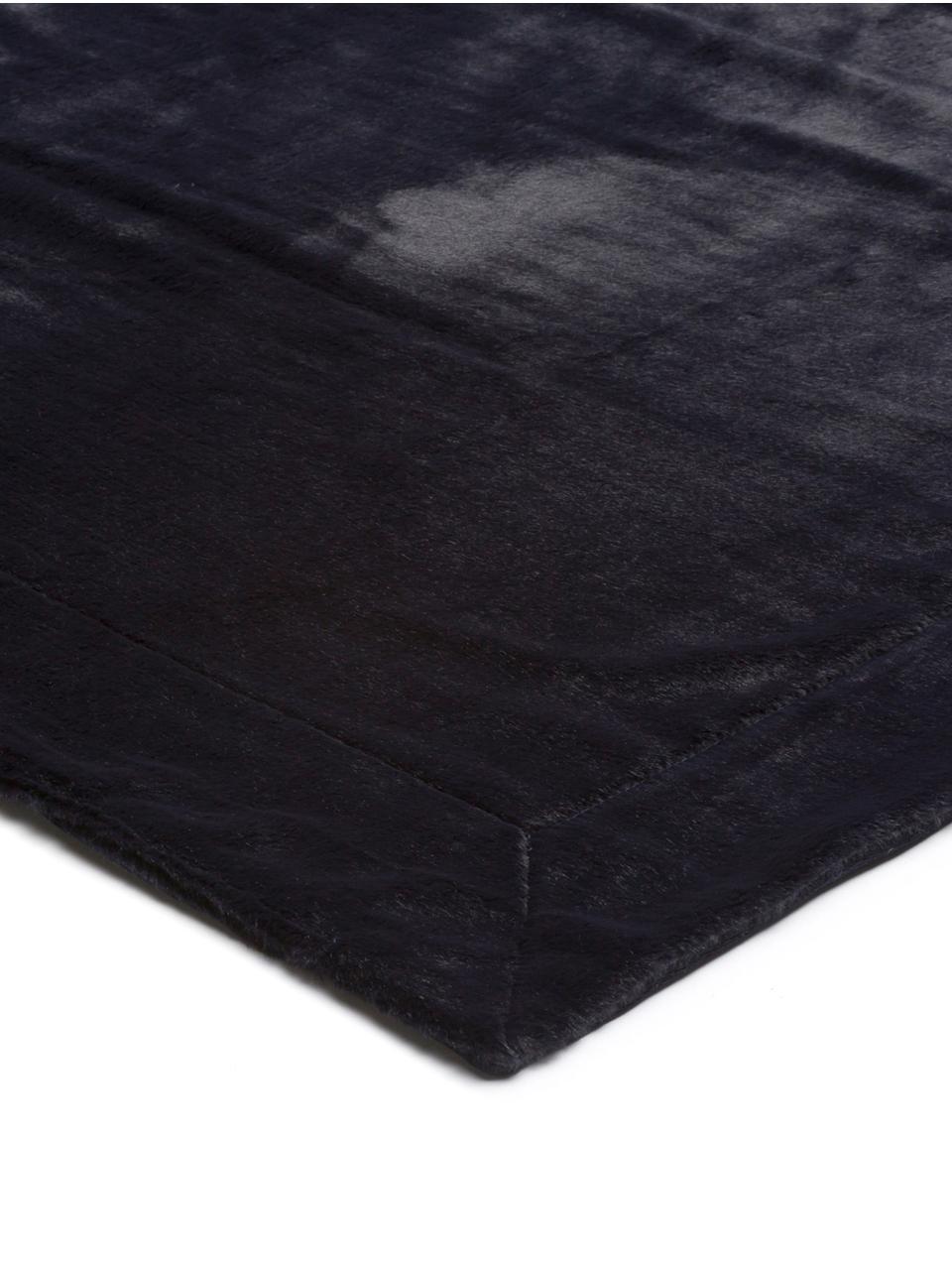 Kuscheldecke Furry aus Kunstfell in Dunkelblau, Vorderseite: 60% Acetat, 40% Polyester, Rückseite: Polyester, Nachtblau, 150 x 200 cm