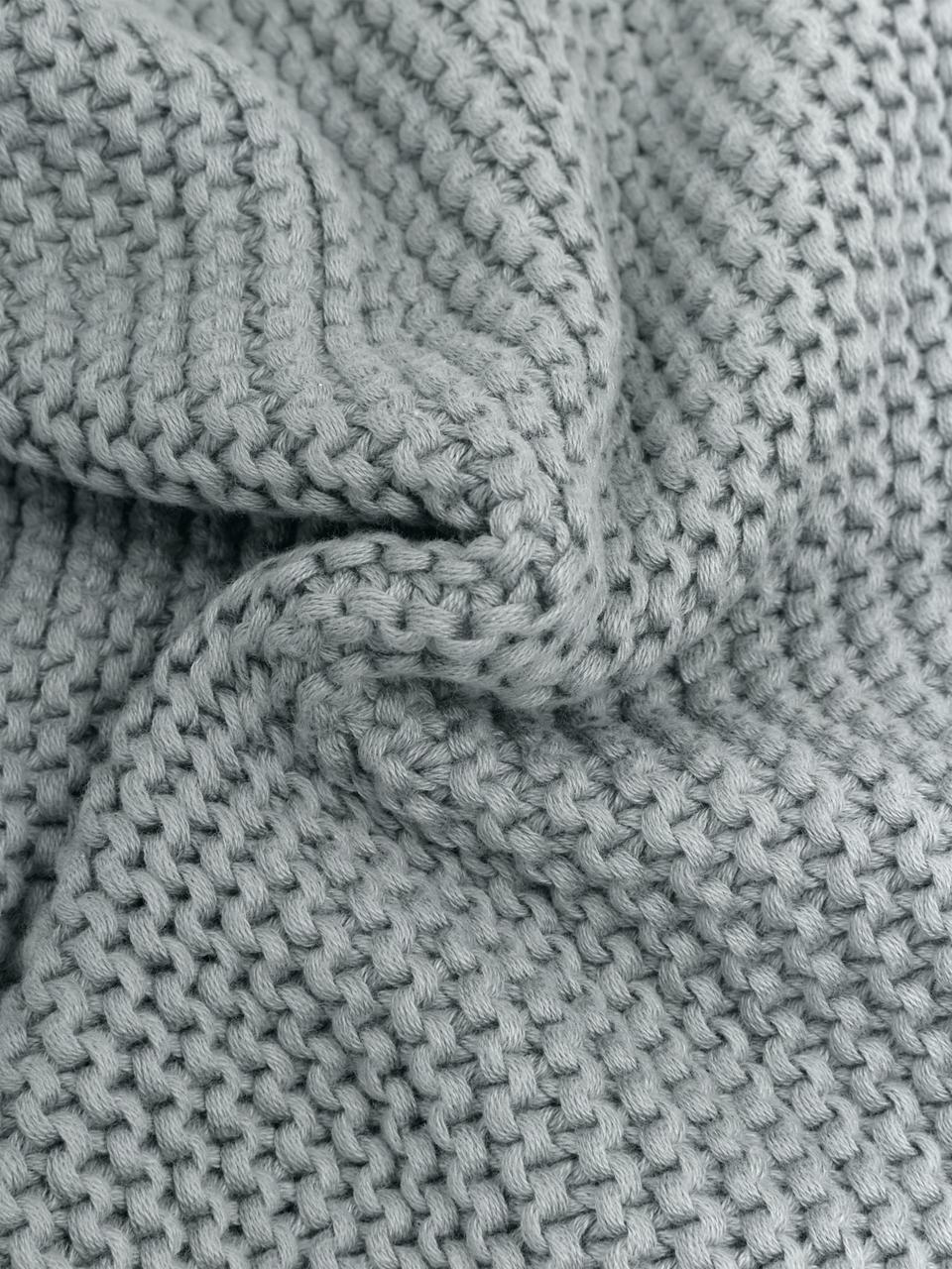 Plaid fatto a maglia verde salvia Adalyn, 100% cotone, Verde salvia, Larg. 150 x Lung. 200 cm