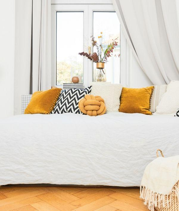 cuscini-intrecciati-lavorati-a-maglia