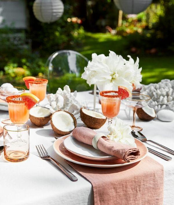 tavola-estiva-in-giardino