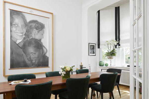 marcos de fotos grande en salón