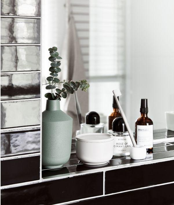 accessoires-salle-de-bain-moderne