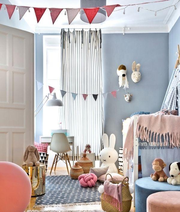 chambre-enfant-moderne-coloree