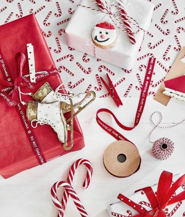 emballage-cadeau-noel-rouge-blanc