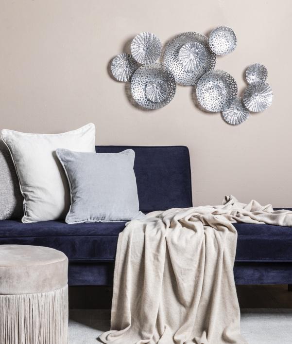 Wanddeko in Silber