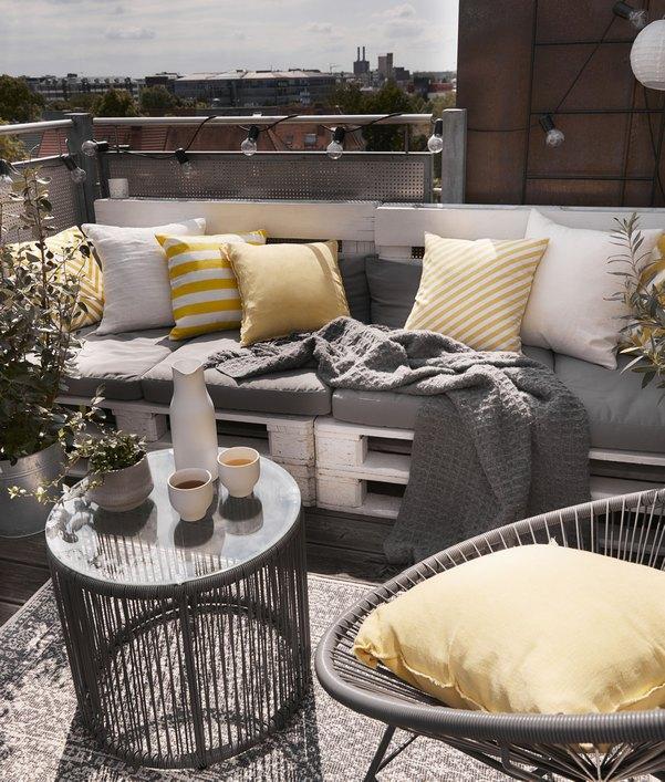 Outdoor-Beistelltische für Garten & Balkon