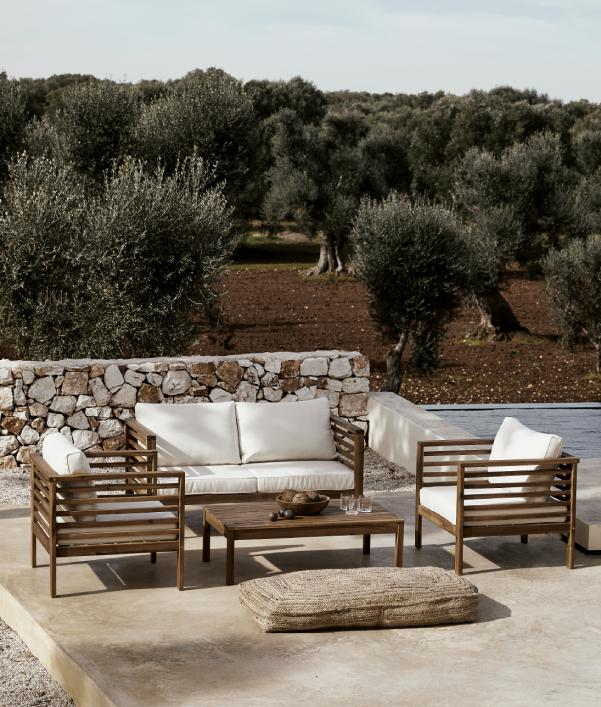 Outdoor Sofas & Sessel