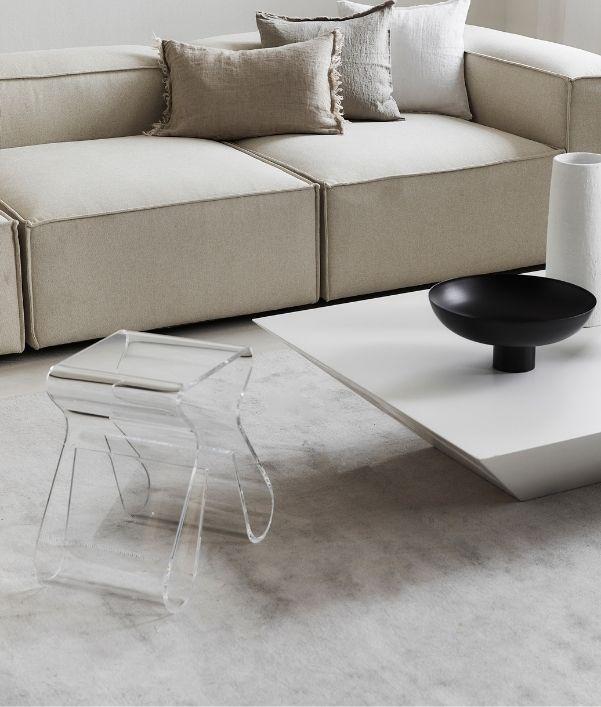 Plexiglas Möbel: Der durchsichtige Einrichtungstrend