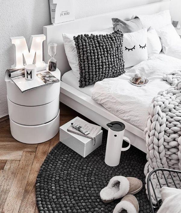 Ideen für Schlafzimmer in Grau & Weiß