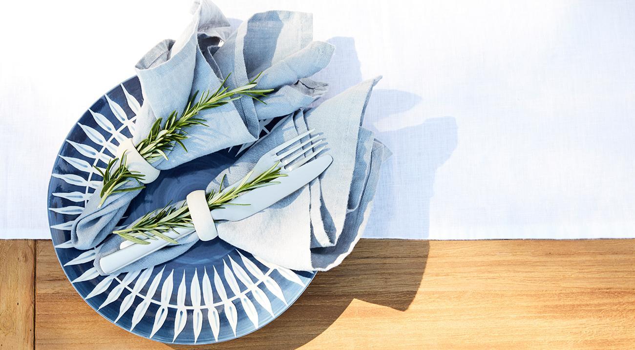 tischwaesche-stoff-blau