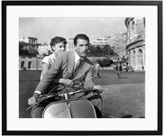 Gerahmter Fotodruck Roman Holiday with Peck and Hepburn