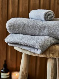 Lot de serviettes de bain avec bordure classique Premium, 3élém., Gris foncé