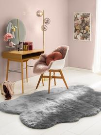 Kunstfell-Teppich Elmo, glatt, Flor: 50% Acryl, 50% Polyester, Grau, B 140 x L 200 cm (Größe S)