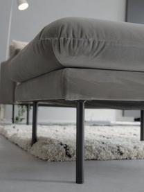 Sofa-Hocker Moby aus Samt in Braungrau mit Metall-Füßen, Bezug: Samt (Hochwertiger Polyes, Gestell: Massives Kiefernholz, Füße: Metall, pulverbeschichtet, Samt Braungrau, 78 x 48 cm
