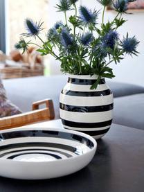 Handgemaakte design vaas Omaggio, medium, Keramiek, Zwart, wit, Ø 17 x H 20 cm