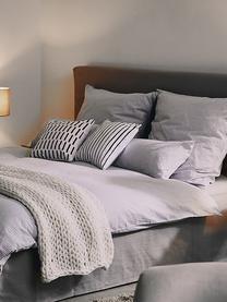 Gestreifte Kissenhülle Ola in Schwarz/Weiß, 100% Baumwolle, Schwarz, Weiß, 40 x 40 cm