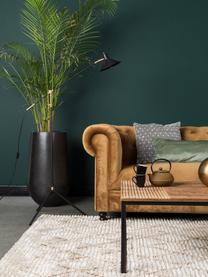Massief houten salontafel Randi in industrieel design, Tafelblad: mangohout, massief, Frame: gepoedercoat ijzer, Tafelblad: mangohoutkleurig. Poten: zwart, 110 x 60 cm