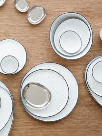 Set 12 piatti fatti a mano con bordo nero Salt, Porcellana, Bianco latteo, nero, Set in varie misure