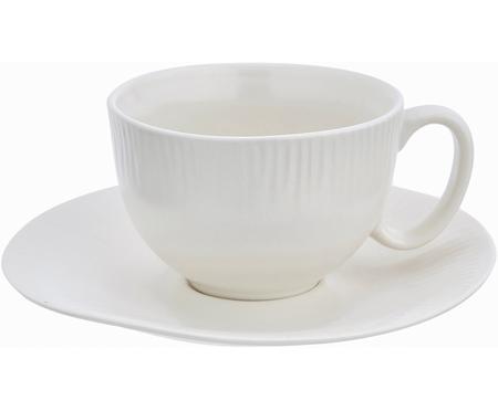 Handgemachte Teetasse mit Untertasse Sandvig mit leichtem Rillenrelief
