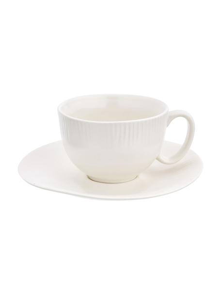 Handgemachte Teetasse mit Untertasse Sandvig mit leichtem Rillenrelief, Porzellan, durchgefärbt, Gebrochenes Weiß, Ø 8 x H 6 cm