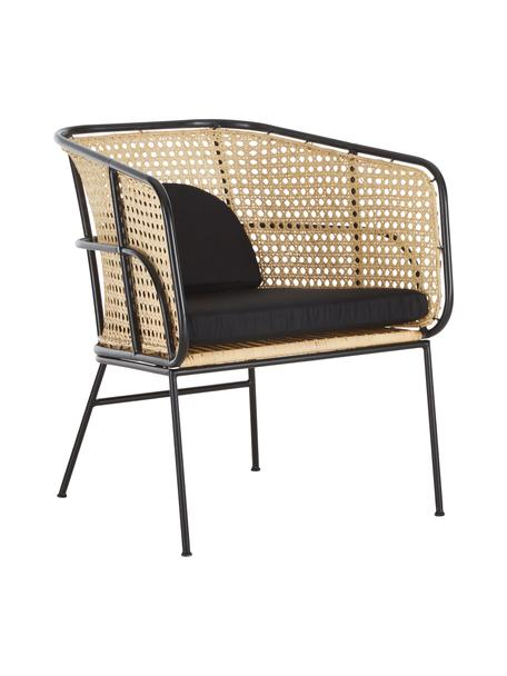 Rotan loungestoel Merete, Zitvlak: rotan, Frame: gepoedercoat metaal, Zitvlak: rotankleurig. Frame: mat zwart. Kussenhoezen: zwart, B 72 x D 74 cm