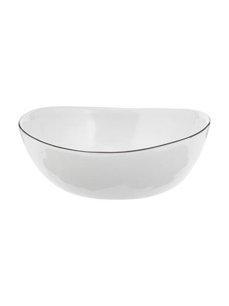 Handgemachte Schalen Salt Ø 17 cm mit schwarzem Rand, 4 Stück, Porzellan, Gebrochenes Weiß, Schwarz, B 17 x T 15 cm