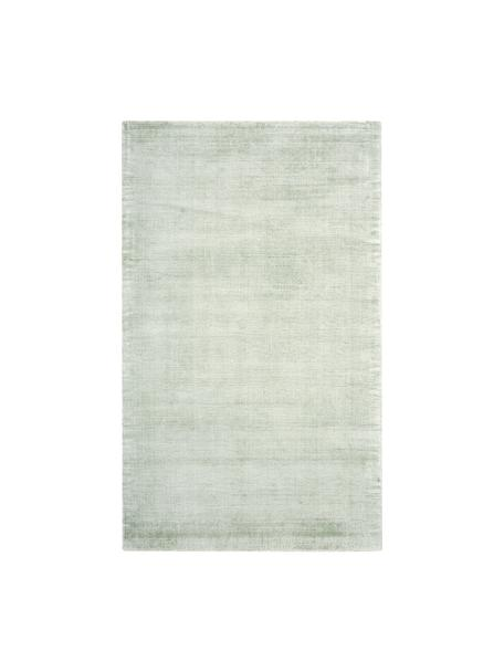 Handgeweven viscose vloerkleed Jane in lindegroen, Bovenzijde: 100% viscose, Onderzijde: 100% katoen, Lindegroen, B 90 x L 150 cm (maat XS)