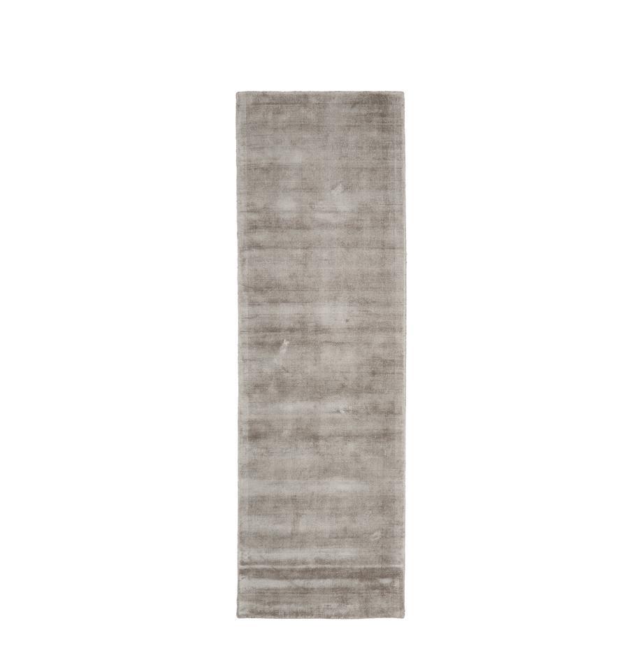 Alfombra artesanal de viscosa Jane, Parte superior: 100%viscosa, Reverso: 100%algodón, Gris pardo, An 80 x L 250 cm