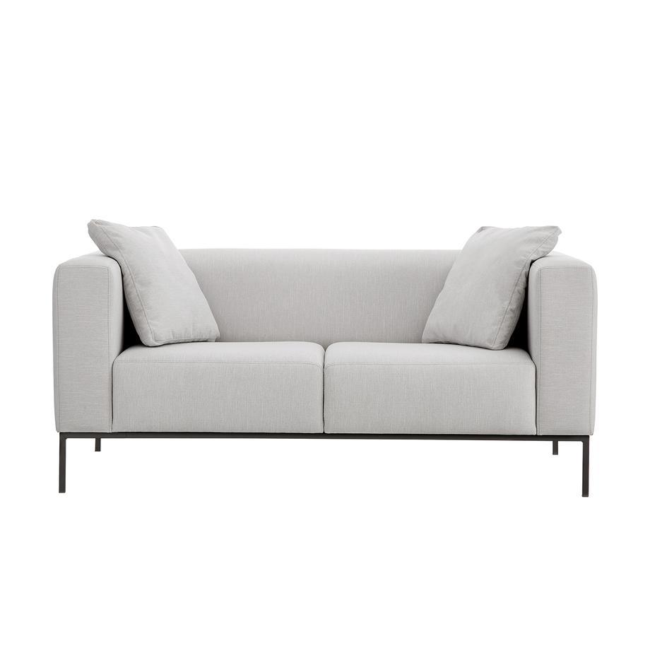 Sofa Carrie (2-Sitzer) in Grau mit Metall-Füßen, Bezug: Polyester 50.000 Scheuert, Gestell: Spanholz, Hartfaserplatte, Füße: Metall, lackiert, Webstoff Grau, B 176 x T 86 cm