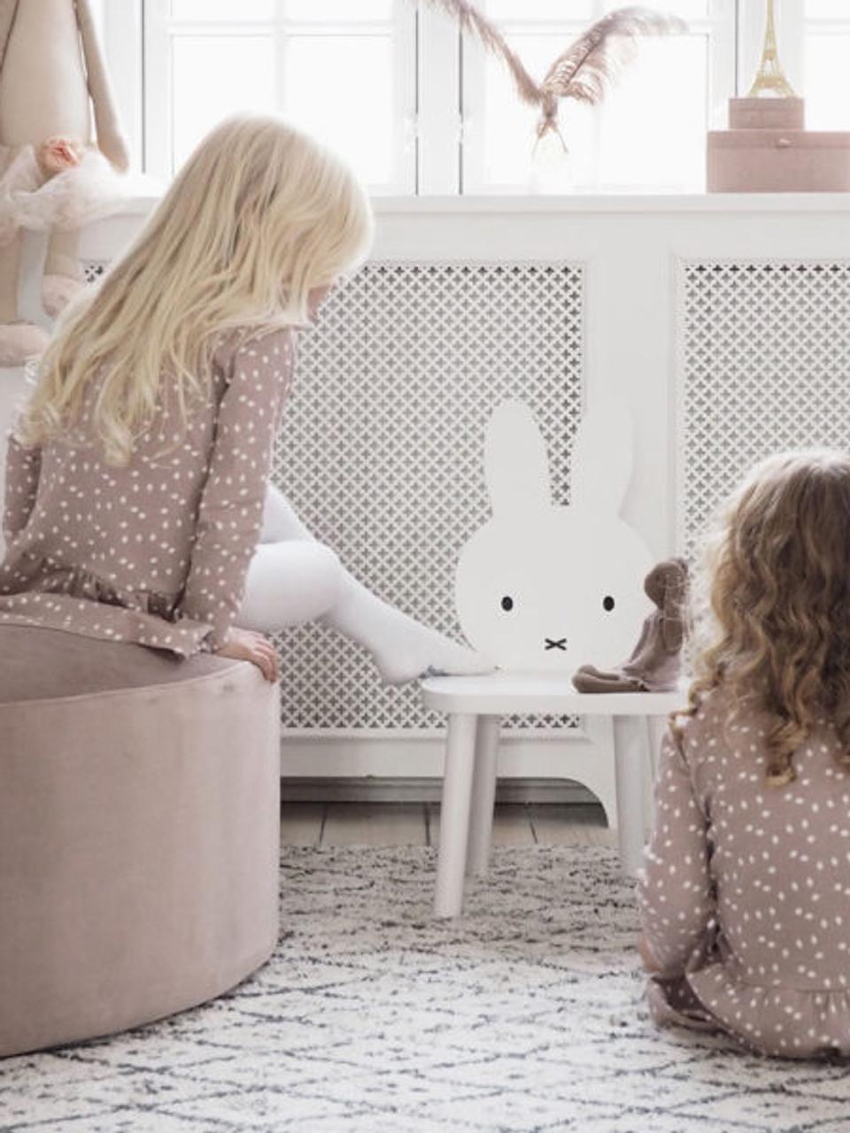 Kinderstuhl Miffy, Korpus: Kiefernholz, Beine: Birkenholz, Weiß, Schwarz, 32 x 59 cm