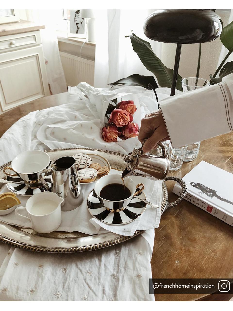 Tasse à thé Stripy, 2élém., Noir, blanc<br>Bord et poignée: or