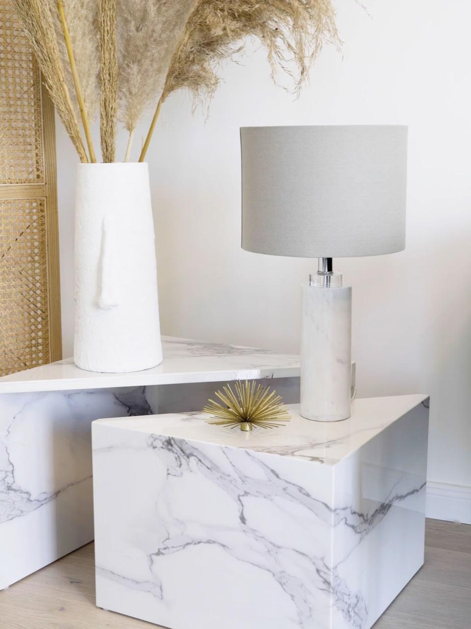 Lampe à poser classique en marbre Amanda, Blanc