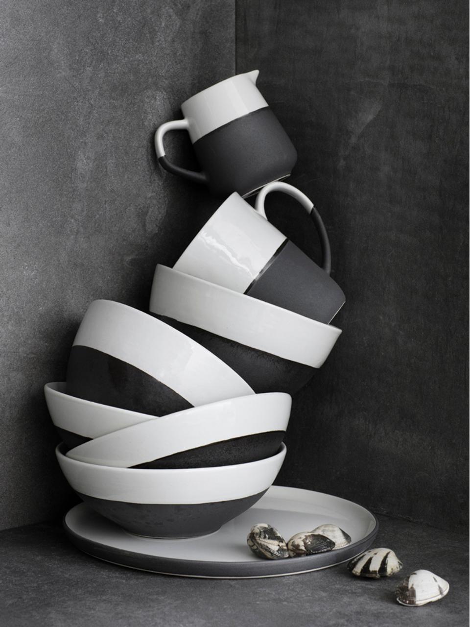 Handgemachtes Frühstücks-Set Esrum matt/glänzend, 4 Personen (12-tlg.), Unten: Steingut, naturbelassen, Elfenbeinfarben, Schwarz, Sondergrößen