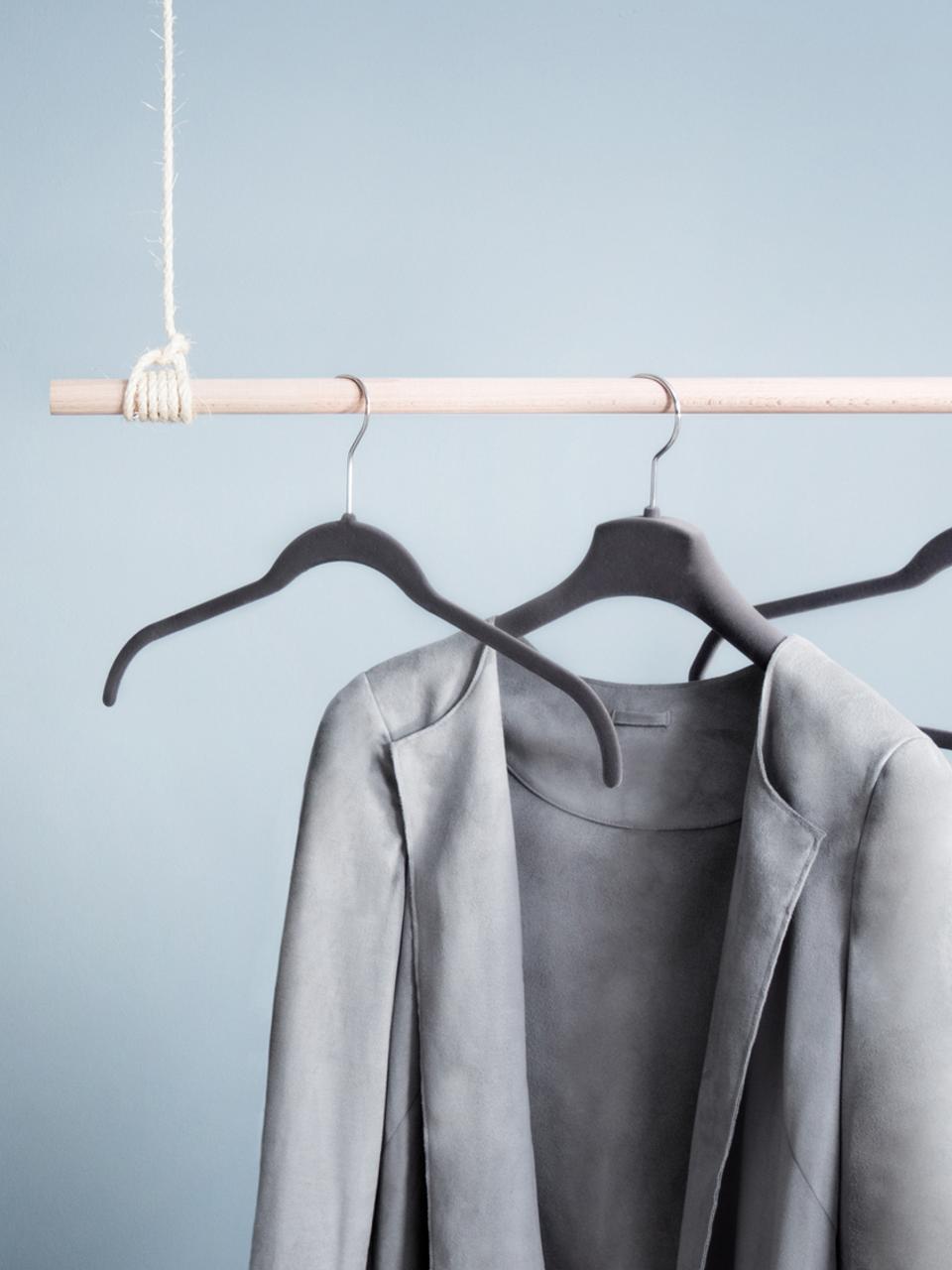 Kleiderbügel Grey Velvet, 12 Stück, Haken: Metall, Bezug: Nylonbeflockung, Grau, 42 x 25 cm