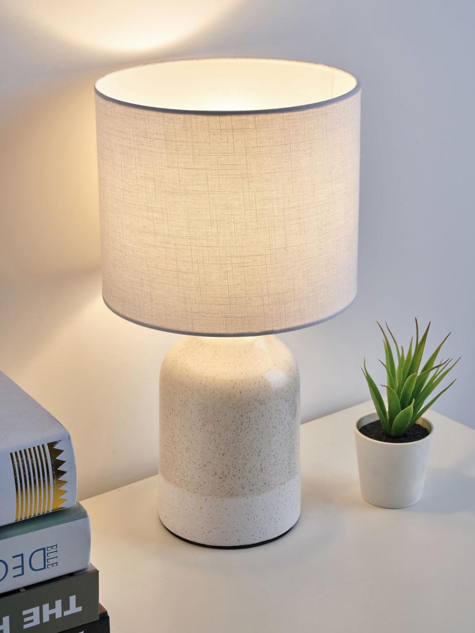 Kleine Tischlampe Luka aus Keramik, Lampenschirm: Leinen, Lampenfuß: Keramik, Beige, Weiß, Ø 18 x H 33 cm