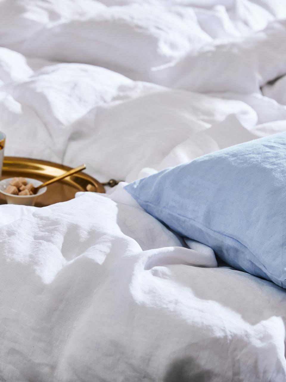 Gewaschene Leinen-Bettwäsche Nature in Weiß, Halbleinen (52% Leinen, 48% Baumwolle)  Fadendichte 108 TC, Standard Qualität  Halbleinen hat von Natur aus einen kernigen Griff und einen natürlichen Knitterlook, der durch den Stonewash-Effekt verstärkt wird. Es absorbiert bis zu 35% Luftfeuchtigkeit, trocknet sehr schnell und wirkt in Sommernächten angenehm kühlend. Die hohe Reißfestigkeit macht Halbleinen scheuerfest und strapazierfähig., Weiß, 135 x 200 cm + 1 Kissen 80 x 80 cm